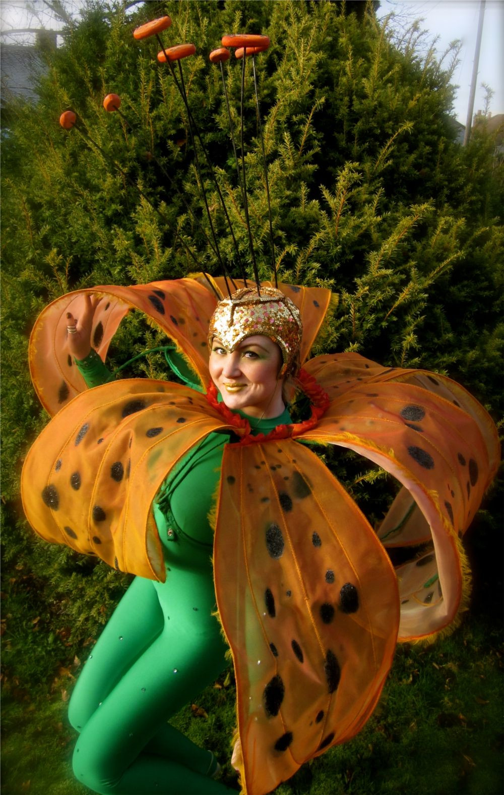 Flower Halloween Costume For Adults  Gorgeous spring flower costume disfraces