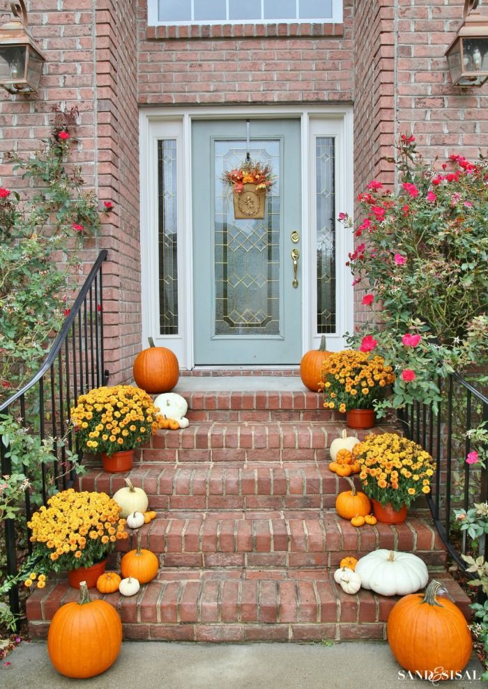 Front Porch Fall Decorations  25 best ideas about Fall front porches on Pinterest