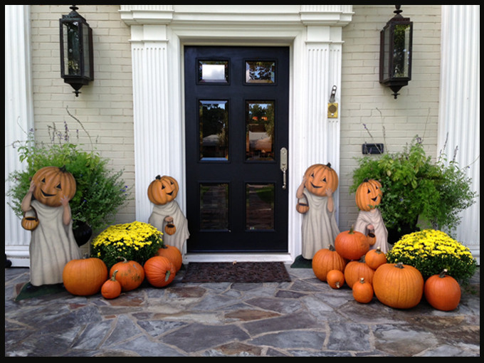 Front Porch Fall Decorations  How to decorate a front porch for Fall