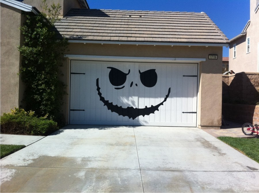 Garage Halloween Decorations  Carrentals Blog 20 Awesome Garage Door Decals