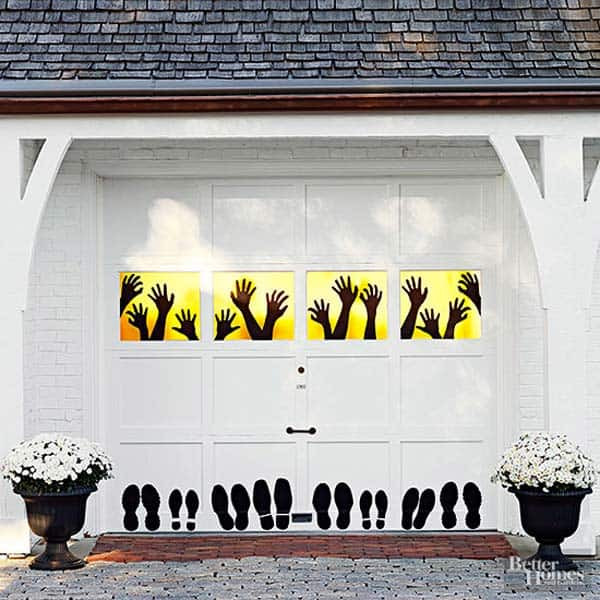 Garage Halloween Decorations  42 Super Smart Last Minute DIY Halloween Decorations to