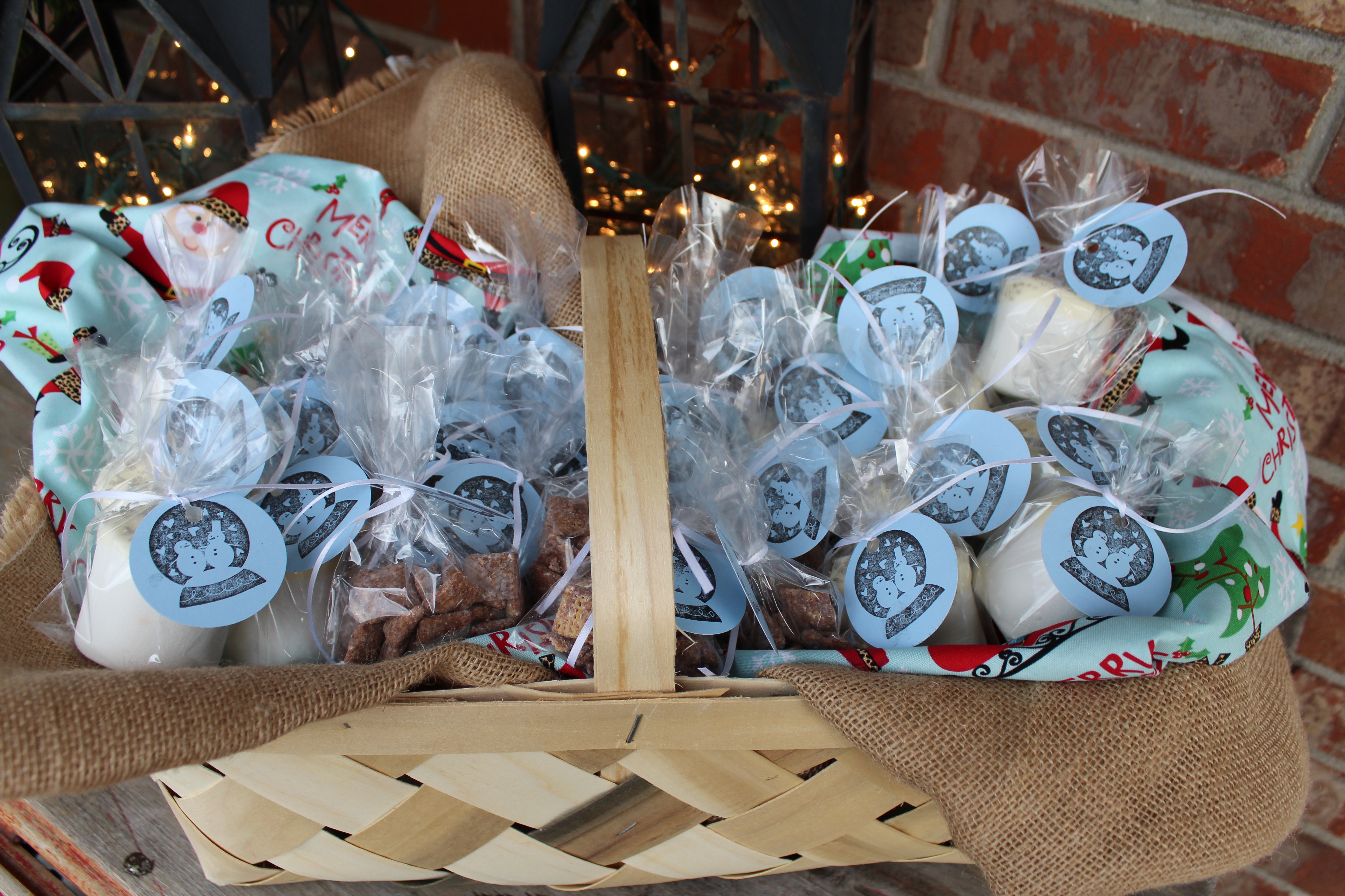 Gift Ideas For Coworkers Christmas  Christmas Cheer for Your Co Workers
