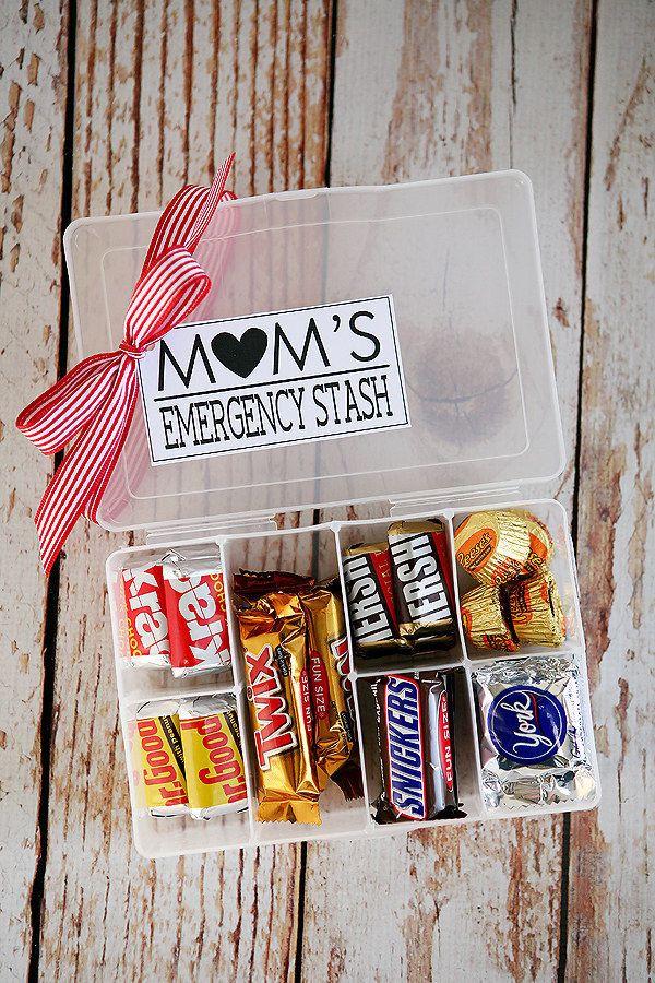 Gift Ideas For Mom For Christmas  Best 25 Birthday t for mom ideas on Pinterest
