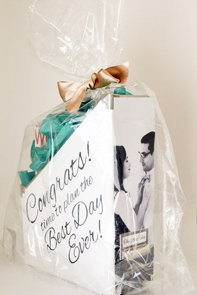 Gift Ideas For Newly Engaged Couple  Must Read Advice for All You Newly Engaged Couples