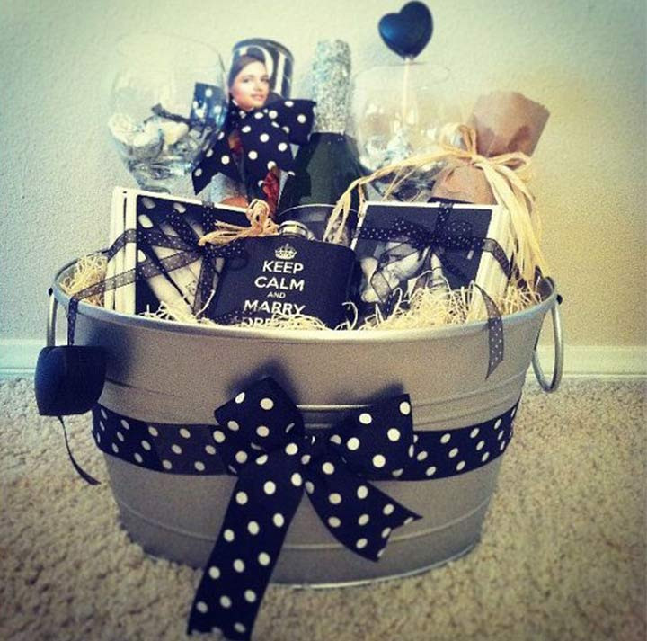 Gift Ideas For Newly Engaged Couple  15 Out The Box Engagement Gifts Ideas For Your Favorite