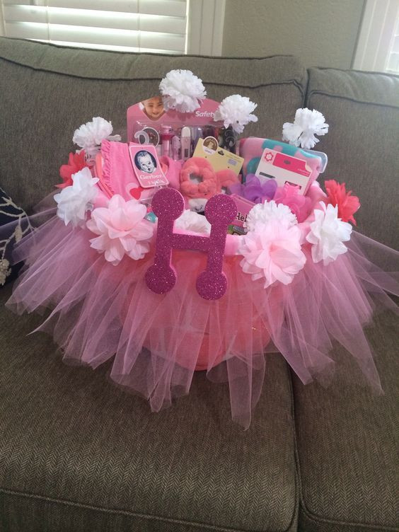Girl Baby Shower Gift Ideas  10 Personalized Baby Shower Gift Ideas