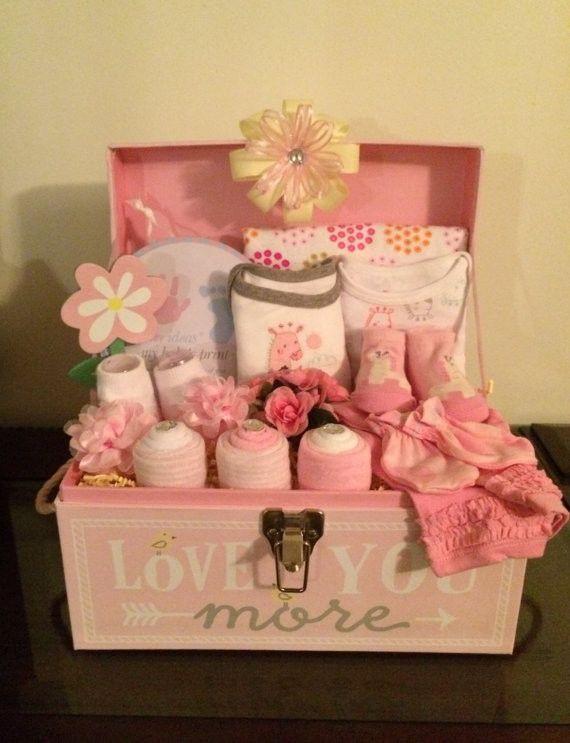 Girl Baby Shower Gift Ideas  25 best ideas about Baby shower giraffe on Pinterest