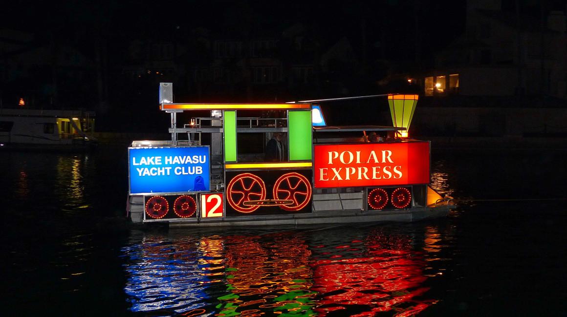 Great Bridge Christmas Parade  Lake Havasu Boat Parade of Lights