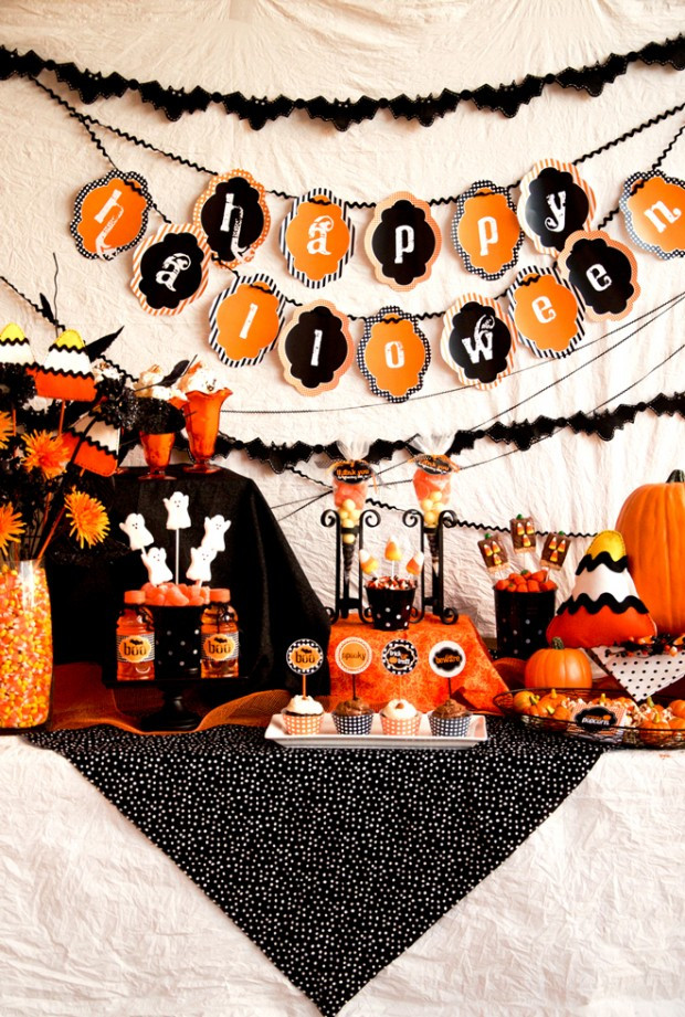 Great Halloween Party Ideas  13 Crazy Party Themes for Great Halloween Party Style