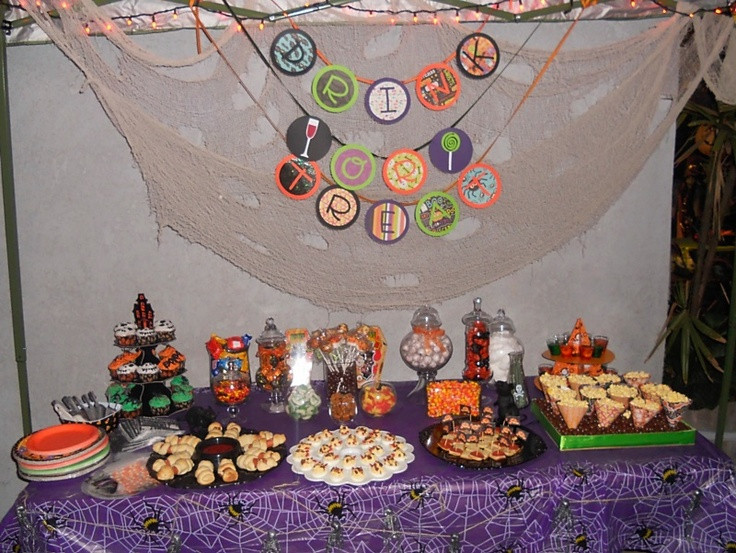 Halloween Candy Table  HALLOWEEN CANDY TABLE CANDYBARS