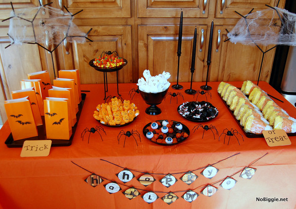 Halloween Candy Table  25 Halloween party decor ideas