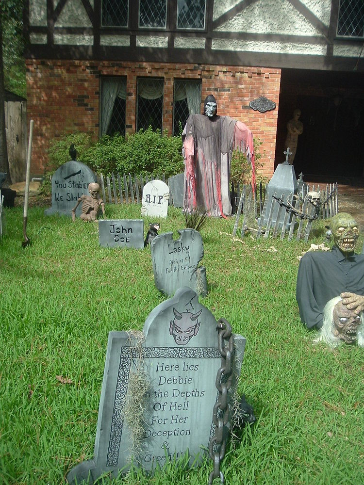Halloween Decor Outdoor  Scary Outdoor Halloween Decorations Decoration Love