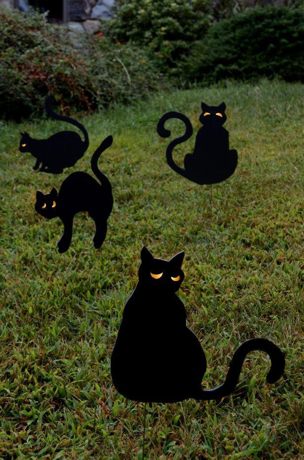 Halloween Decor Outdoor  Best 25 Halloween yard decorations ideas on Pinterest