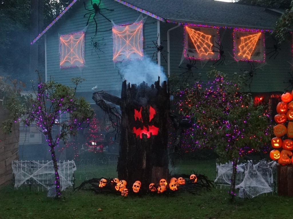 Halloween Decor Outdoor  35 Best Ideas For Halloween Decorations Yard With 3 Easy Tips