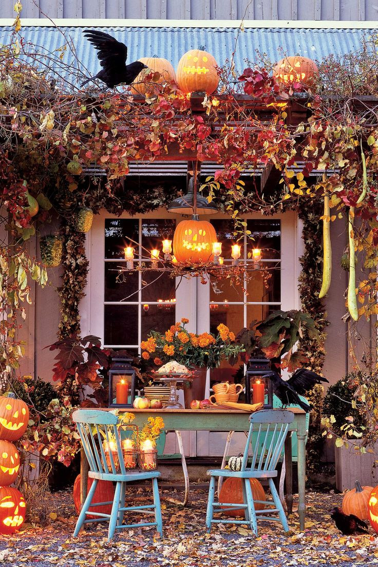 Halloween Decorating Party Ideas  Best 25 Halloween decorating ideas ideas on Pinterest