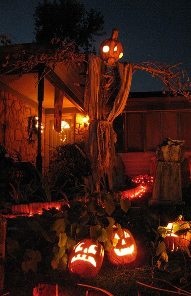 Halloween Decoration Outdoor  10 Outdoor Halloween Decorations Ideas