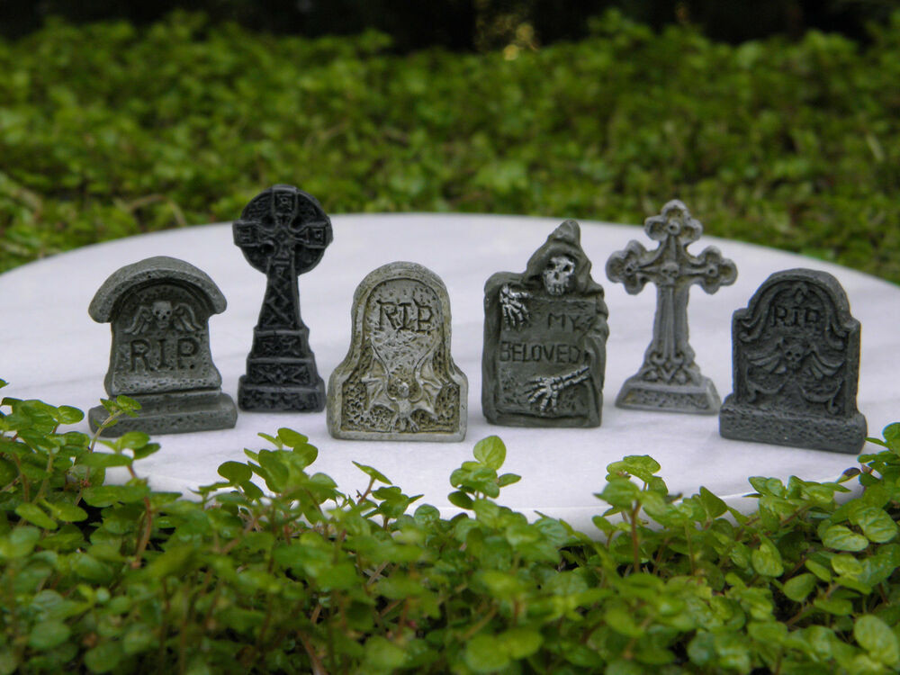 Halloween Fairy Garden Accessories  Miniature Dollhouse FAIRY GARDEN Accessories 6 TINY