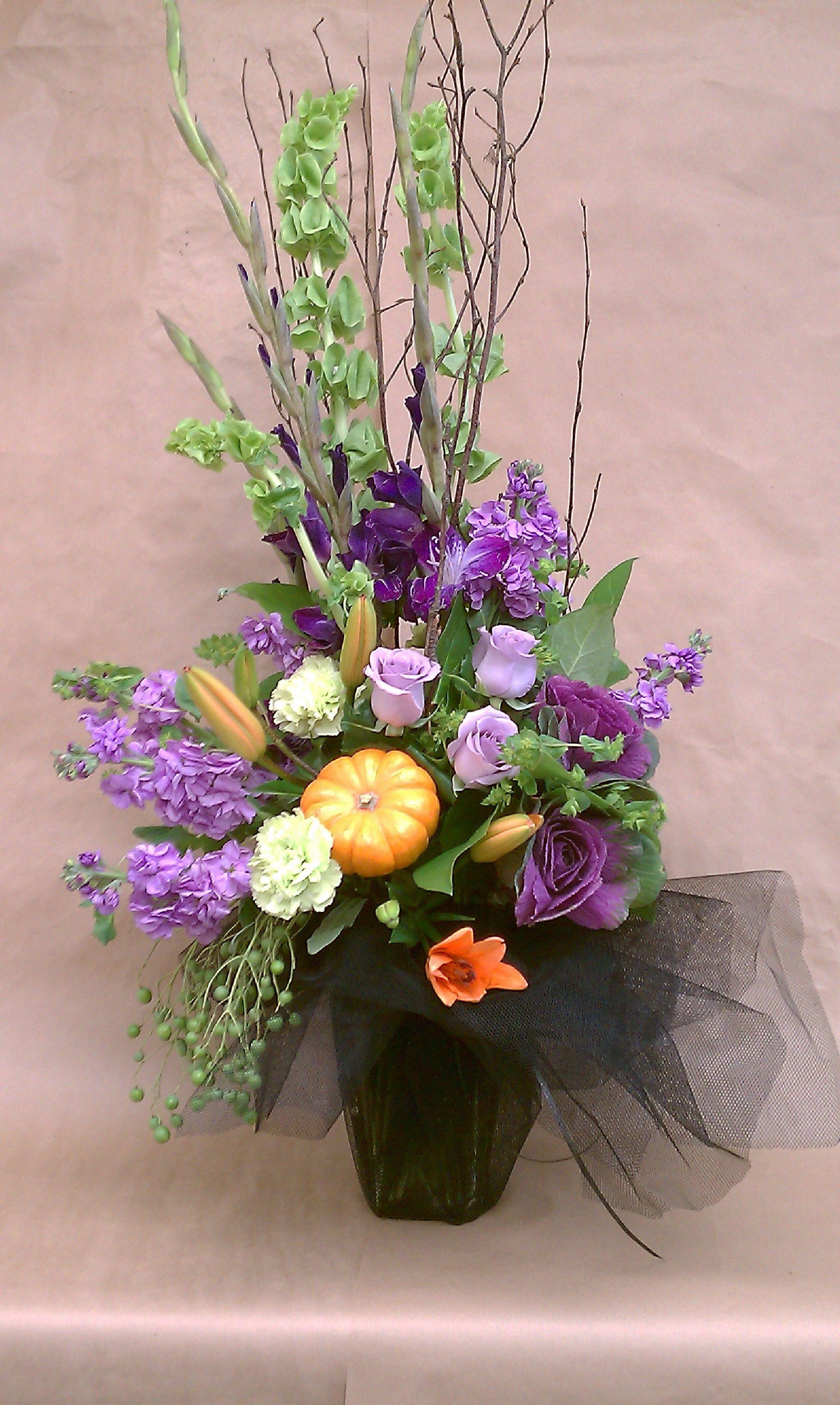 Halloween Flower Arrangements  halloween arrangement floral ideas