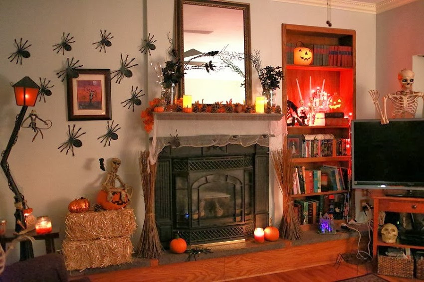 Halloween Living Room Decor  Teaching to her Halloween party ideas