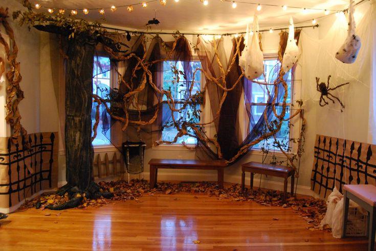 Halloween Living Room Decor  Best 25 Halloween living room ideas on Pinterest