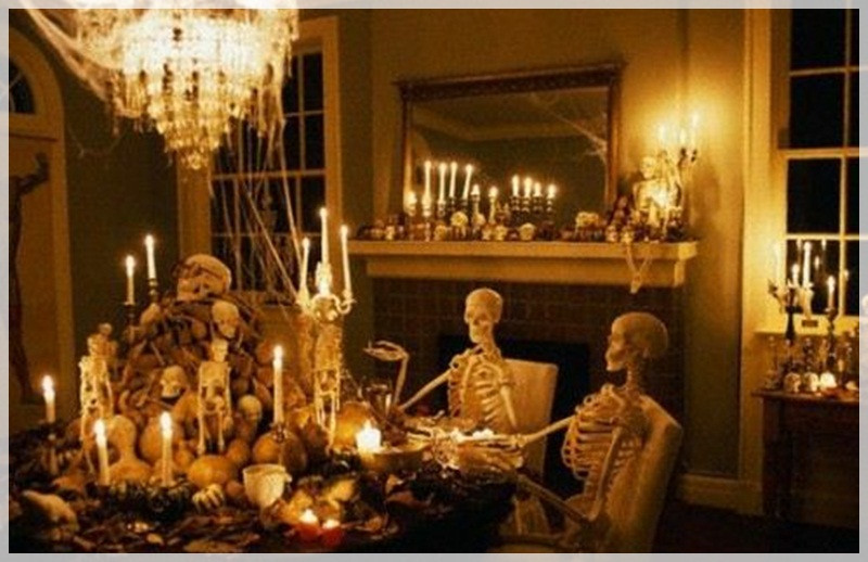 Halloween Living Room Decor  Halloween Decorating Ideas for Living Room with skull and