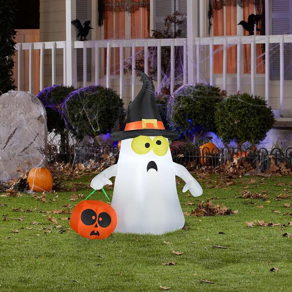 Halloween Outdoor Decorations  The 13 Best Outdoor Halloween Decorations of 2019