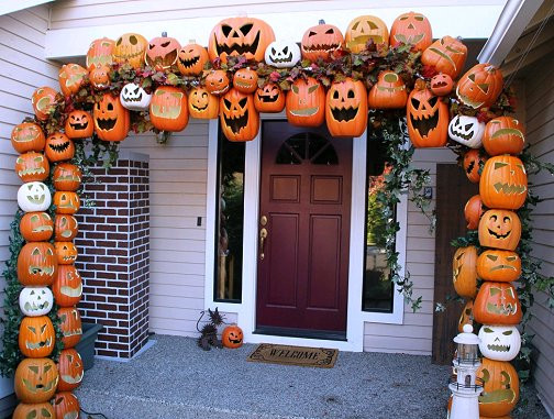 Halloween Outdoor Decorations Clearance  Dishfunctional Designs Awesome Halloween Home Decorating