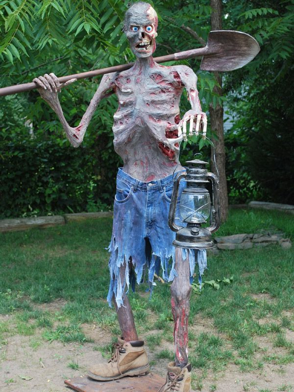 Halloween Outdoor Decorations Clearance  Gravedigger awesome detail