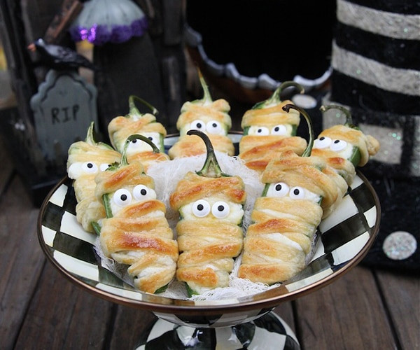 Halloween Party Appetizer Ideas  10 Easy Halloween Appetizers for Your Ghoulish Guests