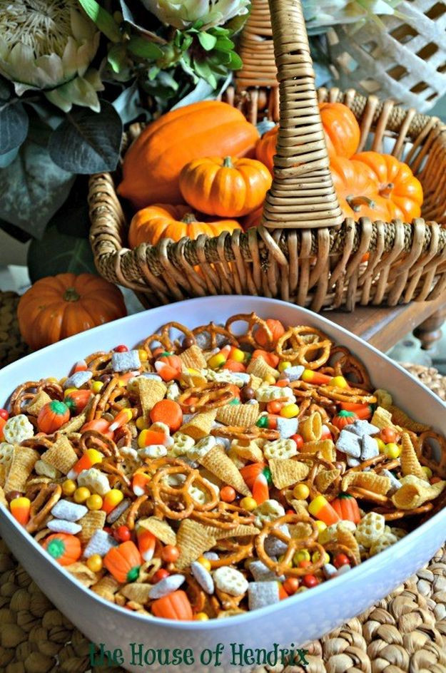 Halloween Party Recipes Ideas  17 Fun Halloween Party Food Ideas for an Unfor table