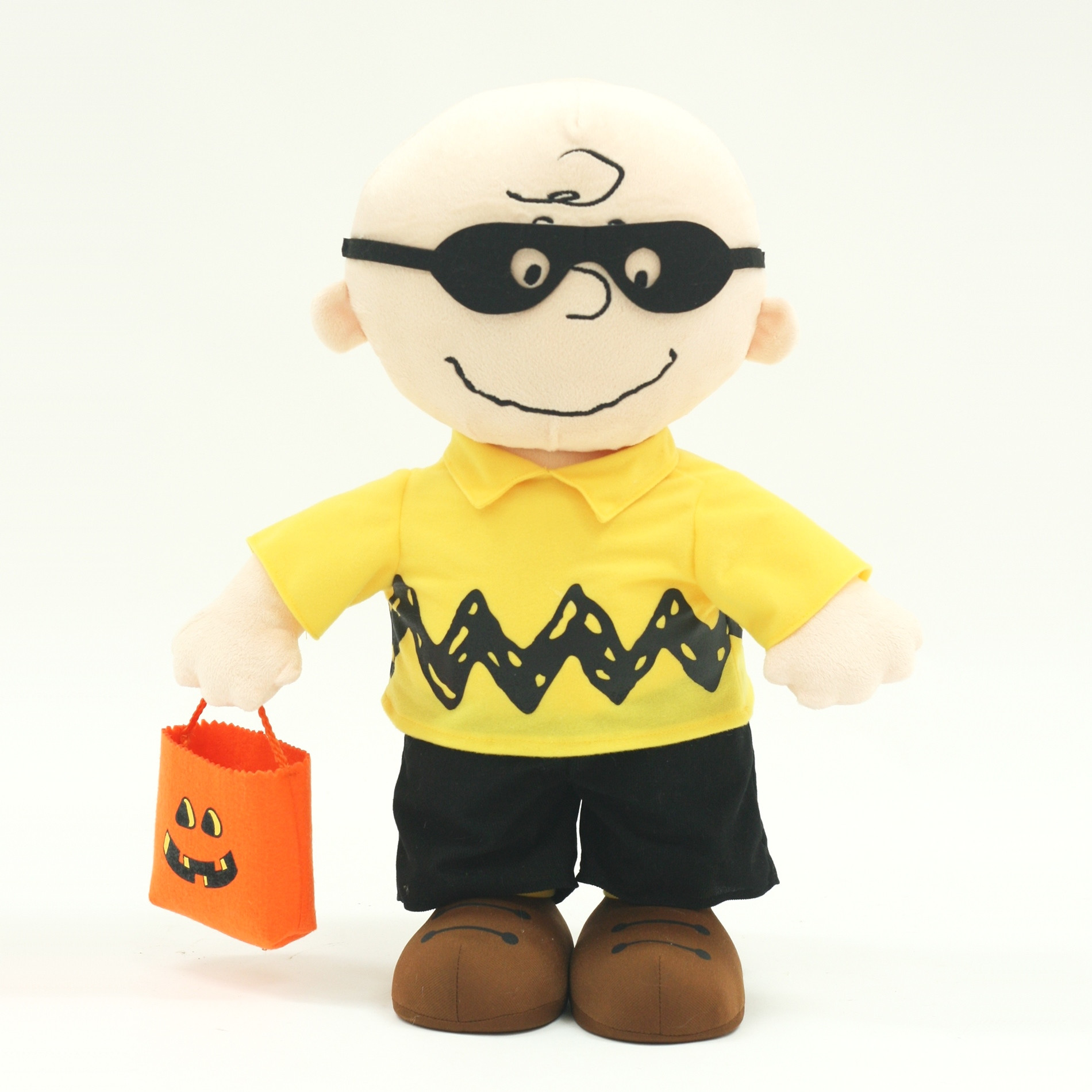 Halloween Porch Greeters  Peanuts By Schulz Halloween Charlie Brown Porch Greeter