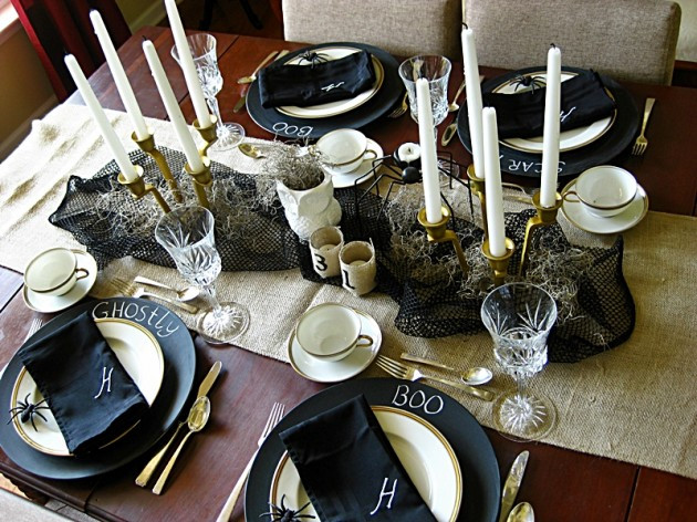 Halloween Table Settings  30 Magnificent DIY Halloween Table Decorations
