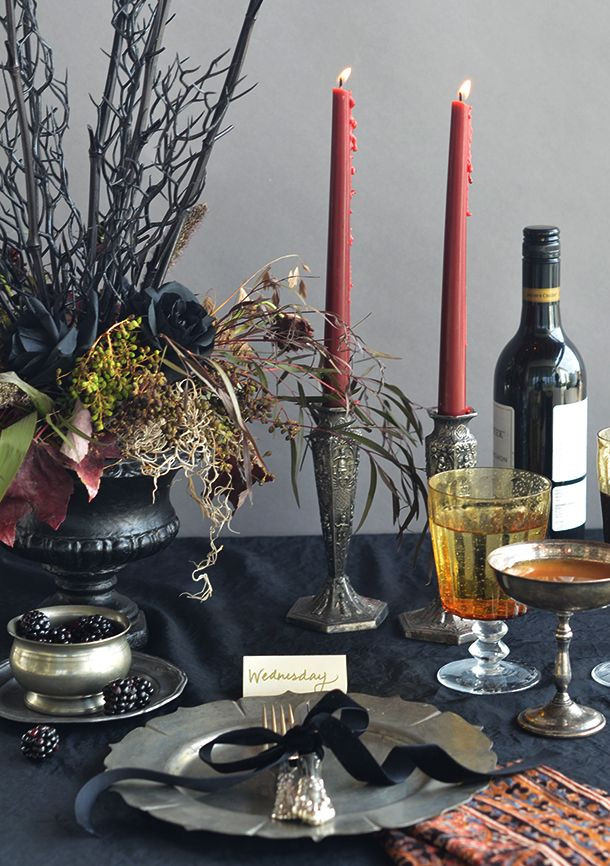Halloween Table Settings  Best 25 Halloween table settings ideas on Pinterest