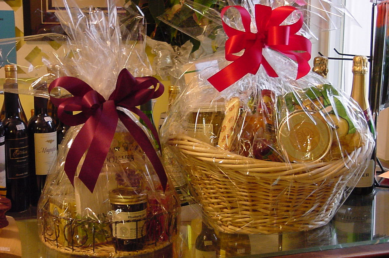 Homemade Christmas Gift Basket Ideas  Fashion jaunt Homemade Christmas ts ideas Do It Yourself
