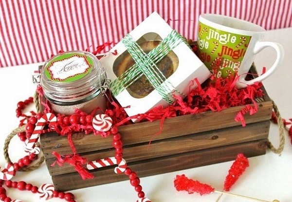Homemade Christmas Gift Basket Ideas  Christmas basket ideas – the perfect t for family and
