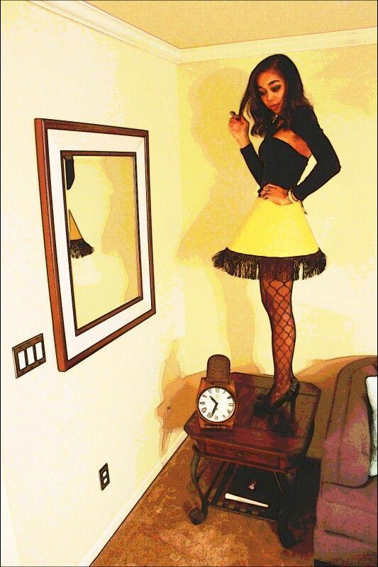 Lamp Shade Halloween Costume  Last minute DIY Halloween costume Leg Lamp