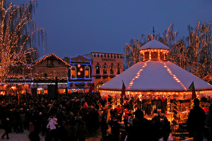 Leavenworth Christmas Lighting  11 Crazy Traditions You ll Get If You re From Washington