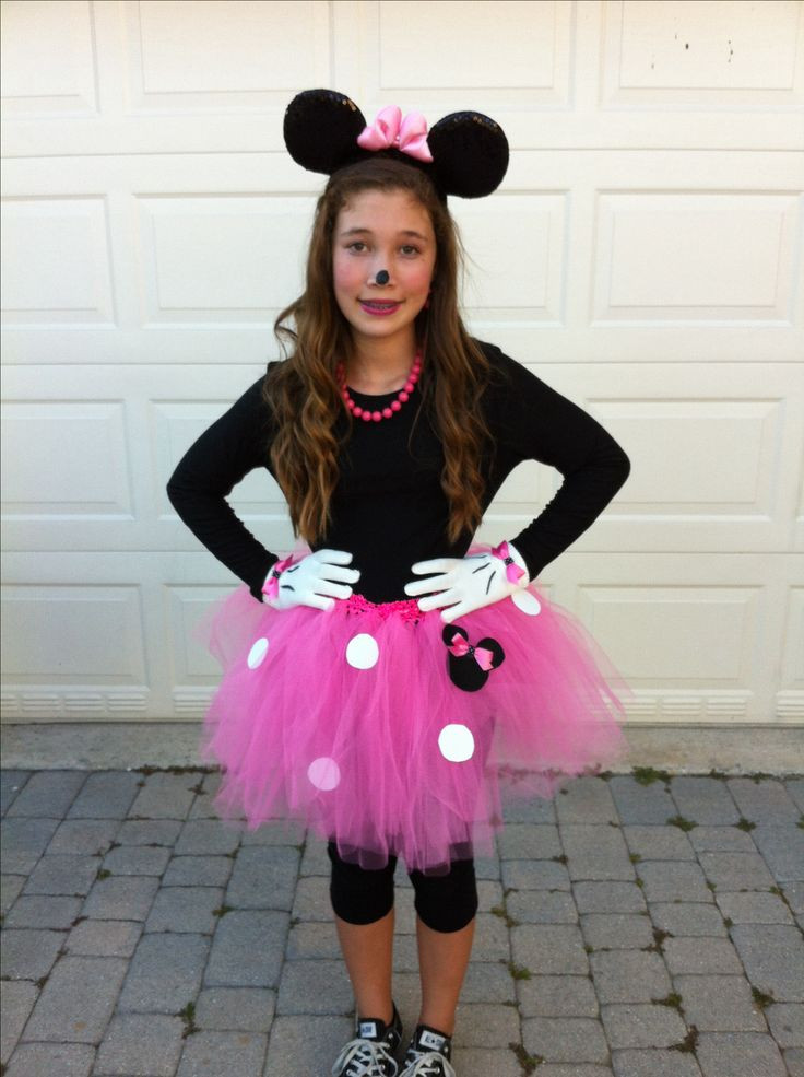 Minnie Mouse DIY Costume  652 best Costumes research images on Pinterest
