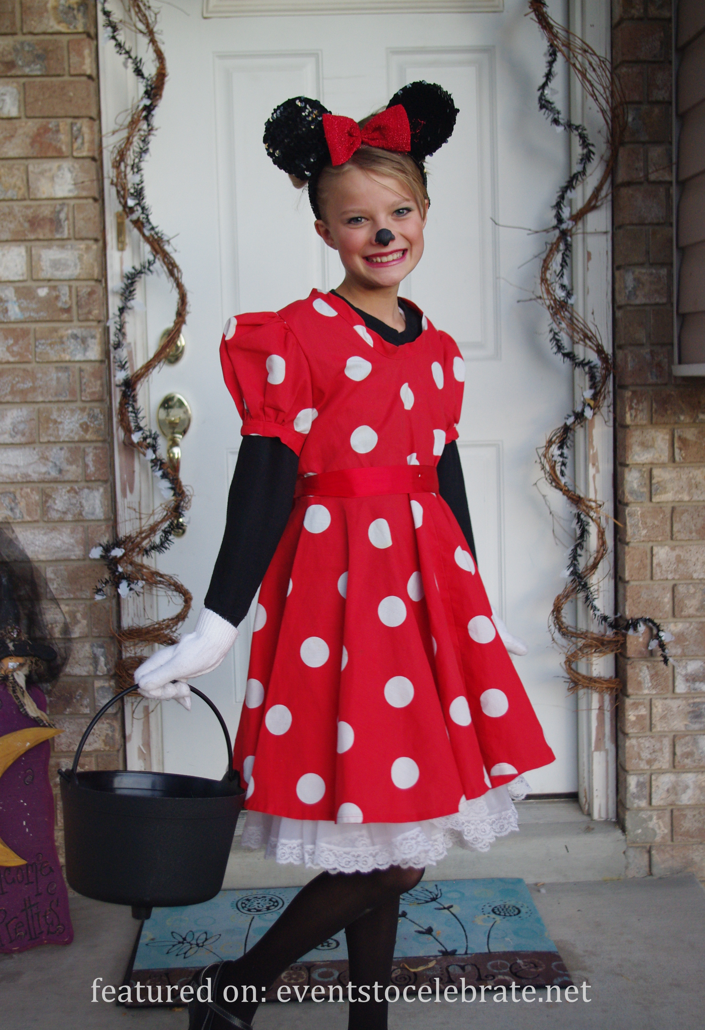 Minnie Mouse DIY Costume  DIY Halloween Costumes events to CELEBRATE