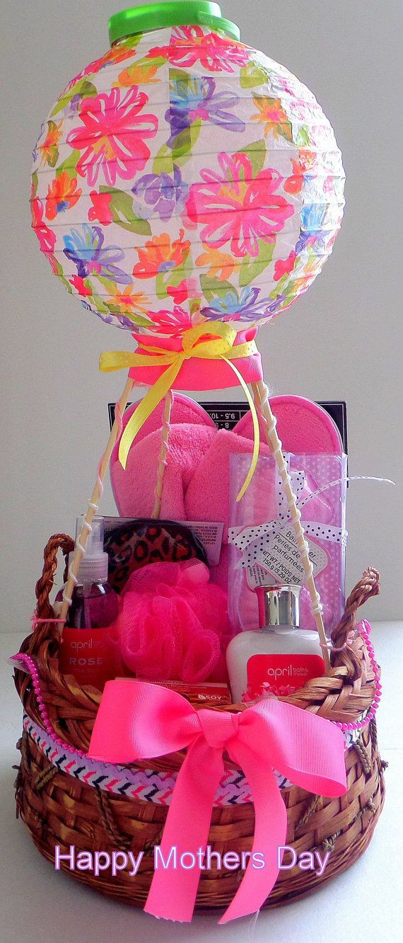 Mothers Day Gift Basket Ideas  Best 25 Mother s day t baskets ideas on Pinterest