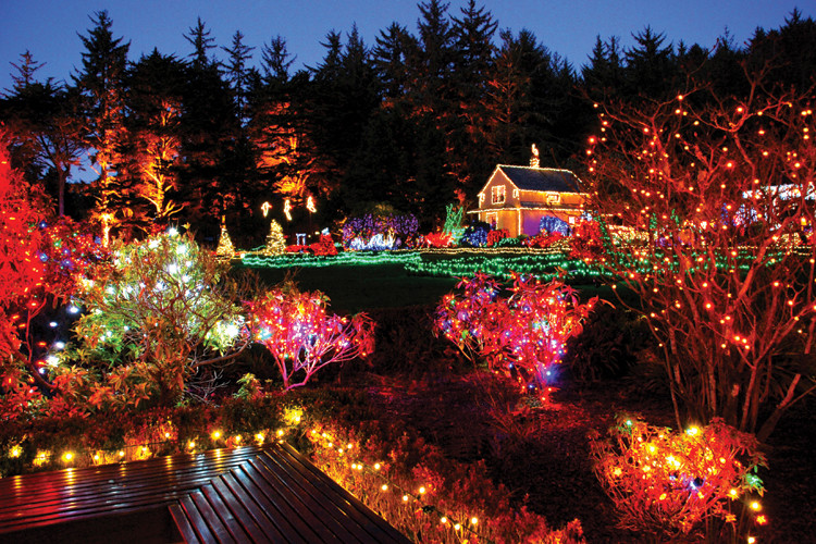 Oregon Garden Christmas  Holiday light displays at Shore Acres State Park in Oregon