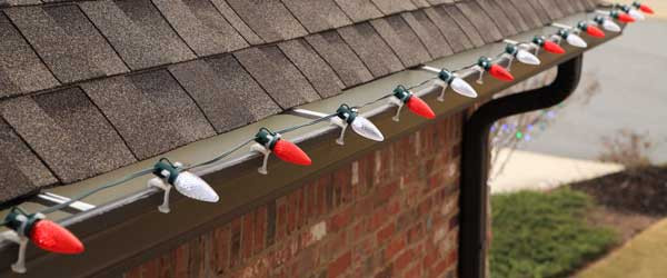 Outdoor Christmas Light Clips  How to Hang Christmas Lights Safely