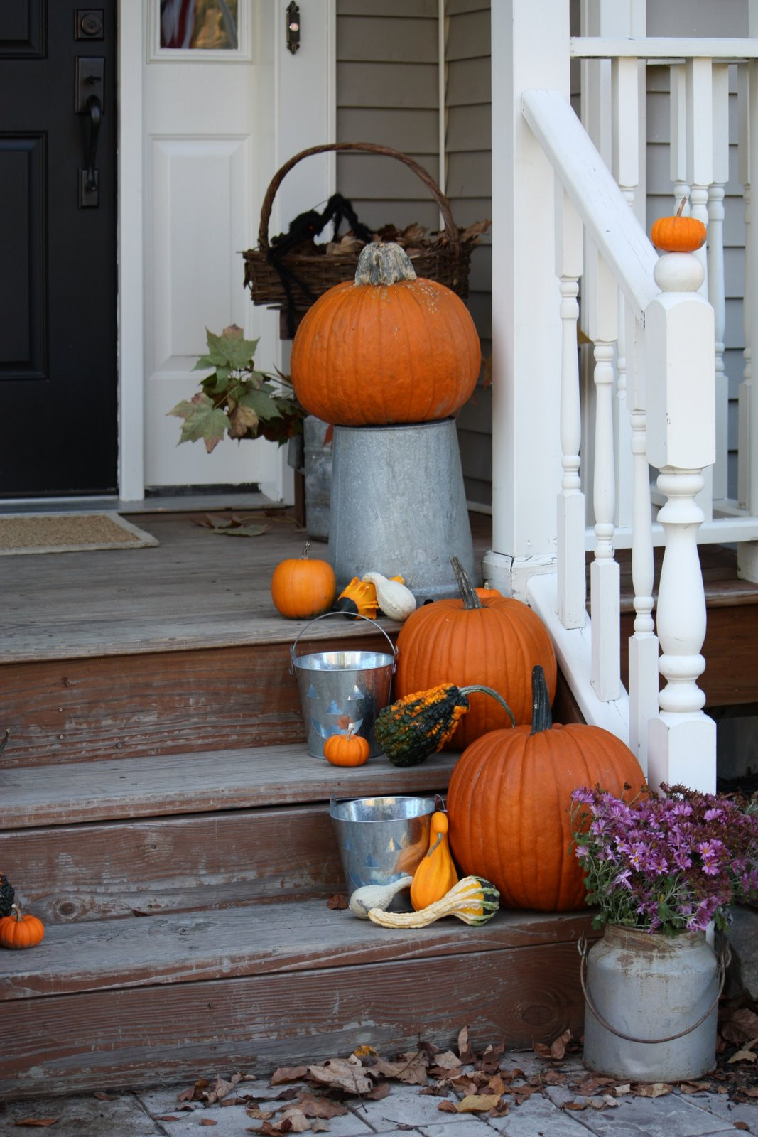 Outdoor Fall Decorations  5 Easy Fall Decorating Ideas for your Home