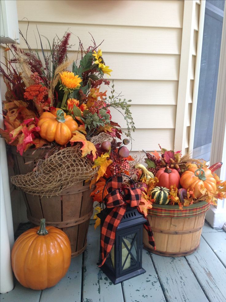 Outdoor Fall Decorations  Best 25 Thanksgiving decorations outdoor ideas on