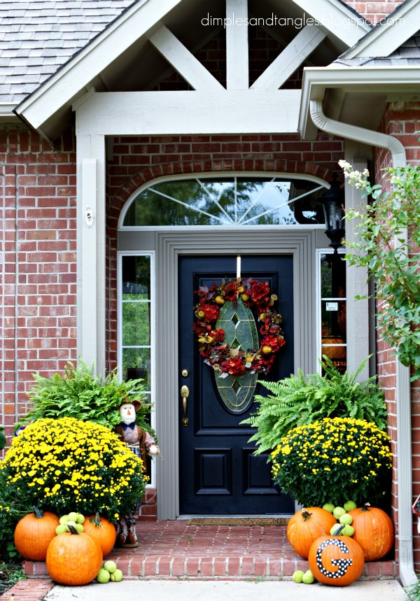 Outdoor Fall Decorations  Outdoor Fall Decorating Ideas Dimples and Tangles