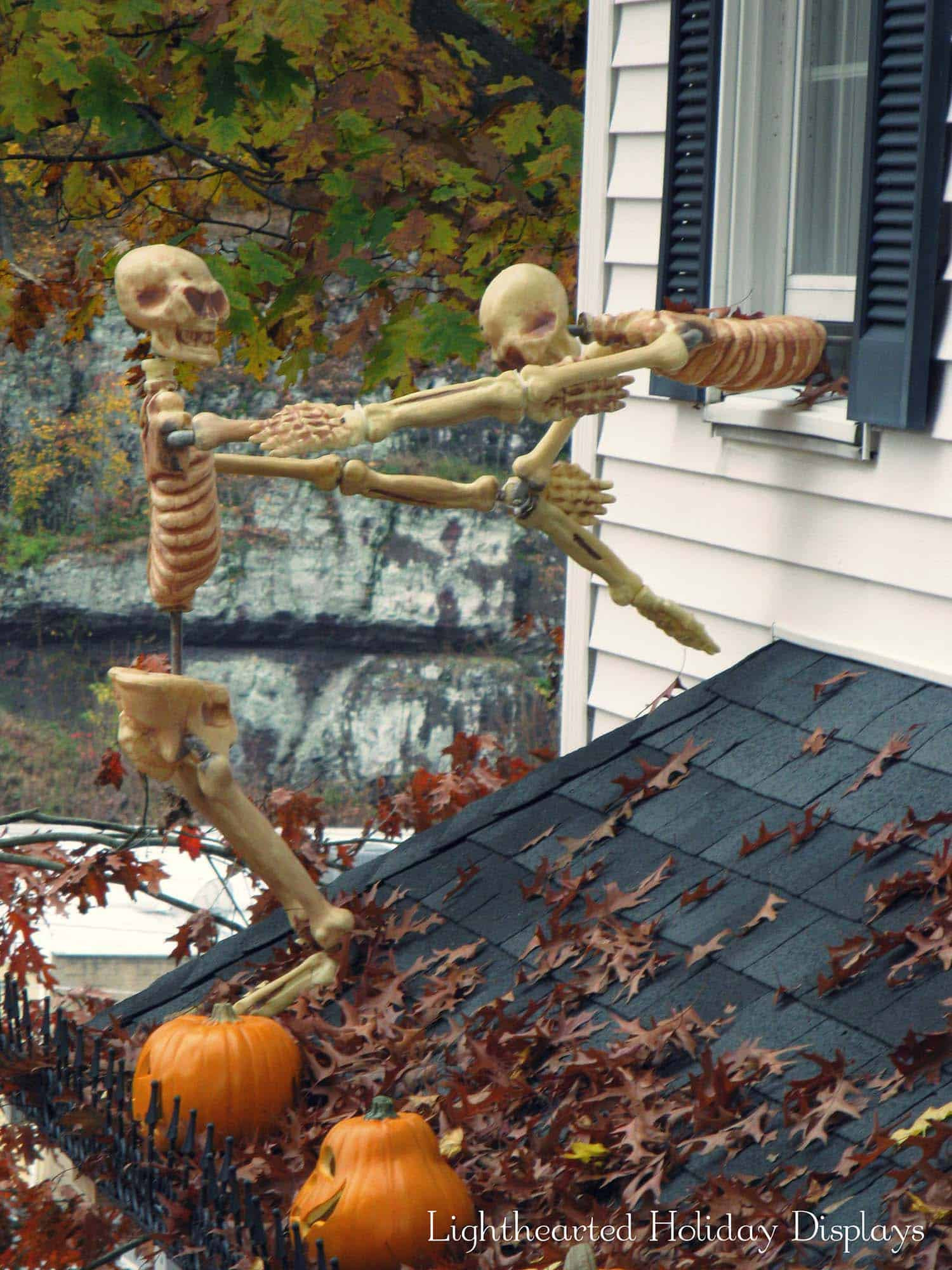 Outdoor Halloween Decorations Ideas  21 Incredibly creepy outdoor decorating ideas for Halloween