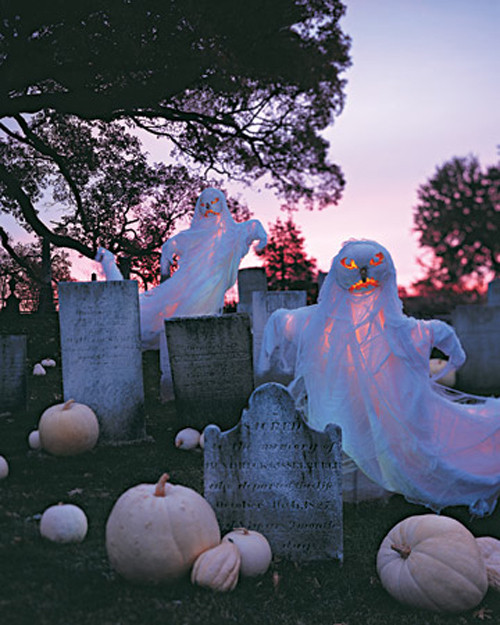 Outdoor Halloween Decorations Ideas  48 CREEPY OUTDOOR HALLOWEEN DECORATION IDEAS