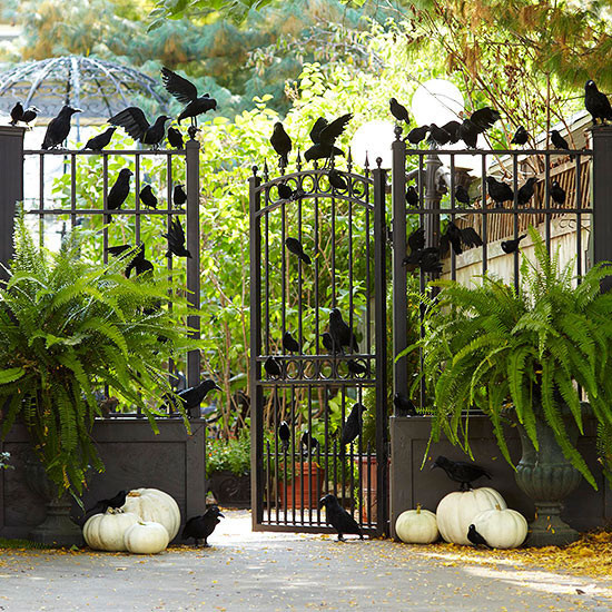 Outdoor Halloween Decorations Ideas  125 Cool Outdoor Halloween Decorating Ideas DigsDigs