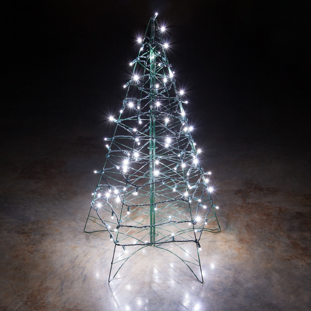 Outdoor Light Up Christmas Tree  Lighted Cool White LED Outdoor Christmas Tree