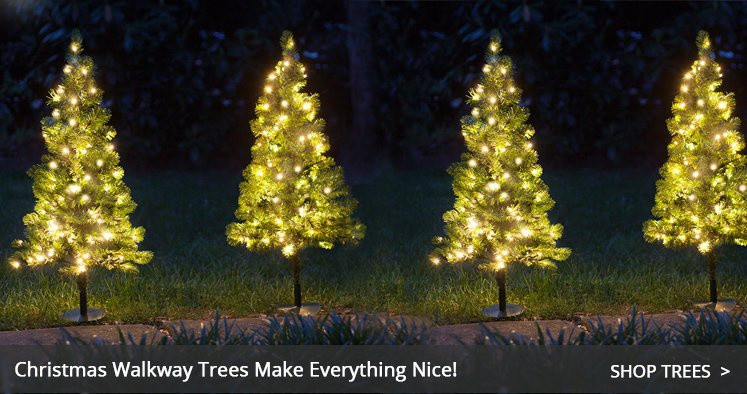 Outdoor Light Up Christmas Tree  Outdoor Christmas Decorations